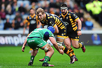Joe Launchbury of Wasps takes on the Connacht defence. European Rugby Champions Cup match, between Wasps and Connacht Rugby on December 11, 2016 at the Ricoh Arena in Coventry, England. Photo by: Patrick Khachfe / JMP