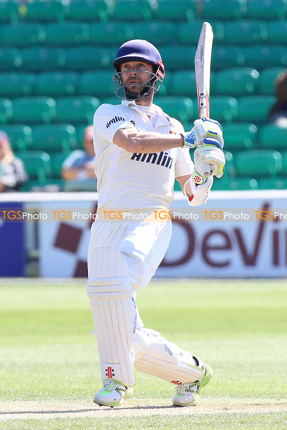 James Foster hits four runs for Essex - Essex CCC vs Kent CCC - LV County Championship Division Two Cricket at the Essex County Ground, Chelmsford, Essex - 21/04/15 - MANDATORY CREDIT: TGSPHOTO - Self billing applies where appropriate - contact@tgsphoto.co.uk - NO UNPAID USE
