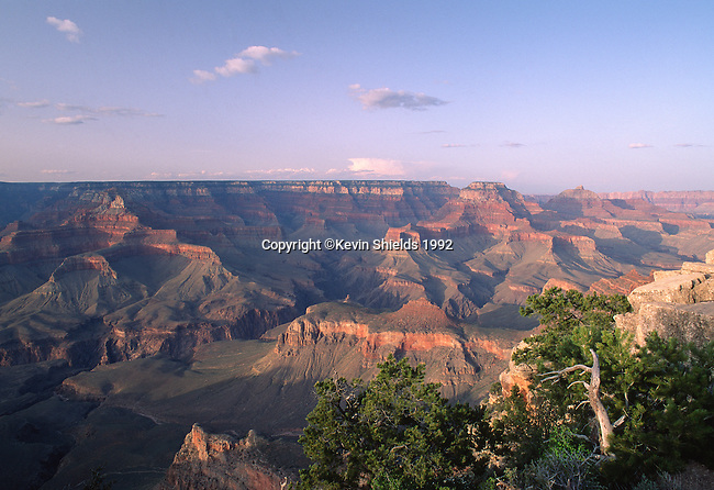 The Grand Canyon from the South Rim, Grand Canyon National Park, Arizona, USA