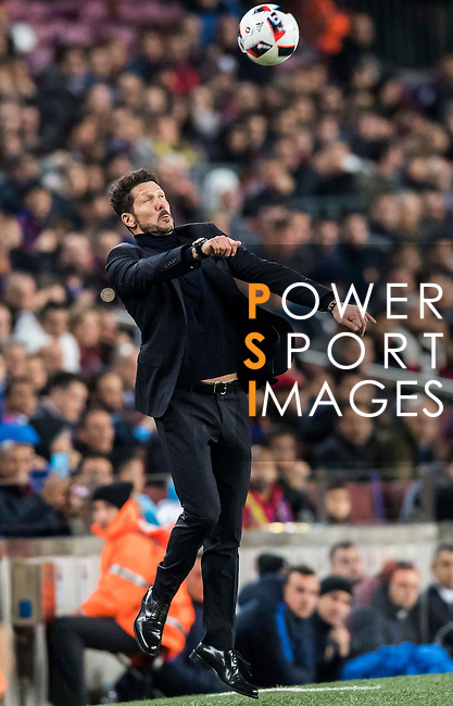 Coach Diego Simeone of Atletico de Madrid controls the ball during their Copa del Rey 2016-17 Semi-final match between FC Barcelona and Atletico de Madrid at the Camp Nou on 07 February 2017 in Barcelona, Spain. Photo by Diego Gonzalez Souto / Power Sport Images