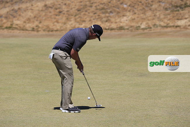 Daniel Summerhays (USA) putts on the 7th green during Friday's Round 2 of the 2015 U.S. Open 115th National Championship held at Chambers Bay, Seattle, Washington, USA. 6/19/2015.<br /> Picture: Golffile | Eoin Clarke<br /> <br /> <br /> <br /> <br /> All photo usage must carry mandatory copyright credit (&copy; Golffile | Eoin Clarke)