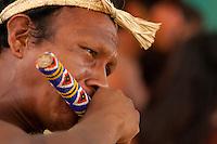 XI Jogos indígenas.<br /> Porto Nacional, Tocantins, Brasil.<br /> Foto Paulo Santos.<br /> 11/11/2011.<br /> <br /> XI Jogos dos Povos Indígenas -    Índios Bororo do Mato Grosso .<br /> <br /> O evento, que acontece entre os dias 5 e 12 de novembro, tem como sede o município tocantinense de Porto Nacional, que fica a cerca de 60km da capital, Palmas. São sete dias de competições e apresentações culturais, com a participação de cerca de 1.300 indígenas, de aproximadamente 35 etnias, vindas de todas as regiões do país. São esperados ainda líderes e observadores indígenas de outros países (Argentina, Austrália, Bolívia, Canadá, Equador, EUA, Guiana Francesa, Peru e Venezuela). Foto Paulo Santos10/11/2011Ilha de Porto Real, Porto Nacional, Brasil