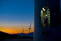Frosolone, 14 gennaio, 2011. L'impianto eolico dell'Enel a Frosolone.<br /> Wind farm at Frosolone, south Italy.