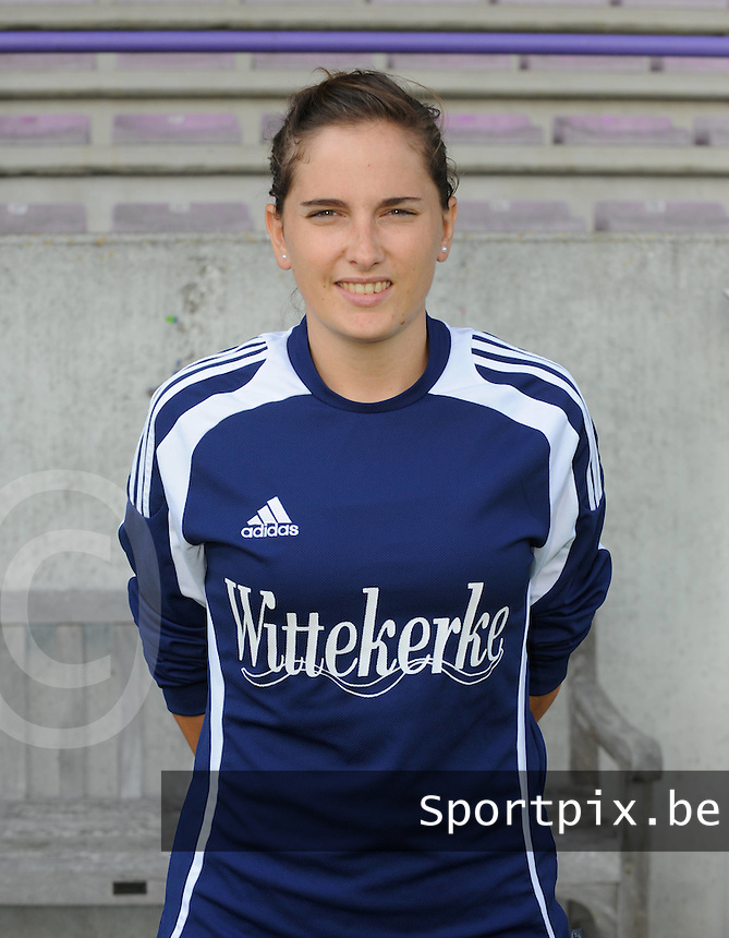 VV Rassing Harelbeke : Kelly Decubber.foto VDB / Bart Vandenbroucke