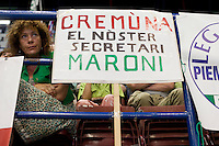 Milano: una militante della Lega Nord segue il congresso federale. Al termine Roberto Maroni è stato eletto nuovo segretario della Lega Nord..Milan: supporters of Northern League follow the Federal Congress of  Northern League..Roberto Maroni was elected as new Secretary party leader of Northern League.