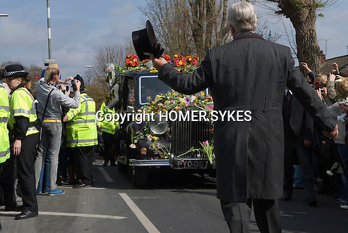 Jade Goody Funeral April 4 2009. TV Reality Star funeral service hearst arrives at St Johns Chuch Buckhurst Hill Essex England.<br />