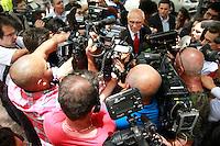 SÃO PAULO,SP, 02.02.2017 - MARISA-LETICIA - O Eduardo Suplicy visita o Hospital Sirio Libanes na manhã desta quinta-feira 02, onde foi anunciado o falecimento da ex primeira Dama Maisa Letícia esposa do ex-presidente Luiz Inacio Lula da Silva. (Foto: Amauri Nehn/Brazil Photo Press)