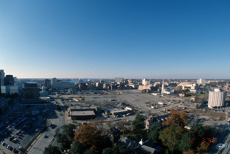 1996 DECEMBER 03..Redevelopment..Macarthur Center.Downtown North (R-8)..LOOKING WEST .SUPERWIDE...NEG#.NRHA#..