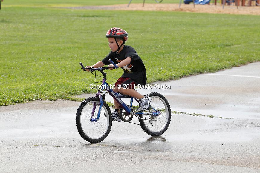 The 2011Oregon Kids Triathlon in Oregon, Wisconsin. (Photo by David Stluka)