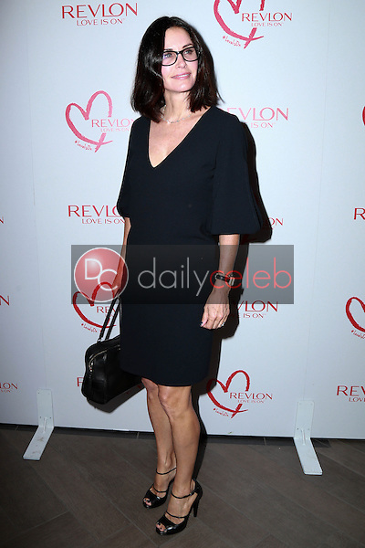 Courteney Cox<br /> at Halle Berry And Revlon Celebrate Achievements In Cancer Research, Four Seasons Hotel, Beverly Hills, CA 06-03-15<br /> David Edwards/DailyCeleb.Com 818-249-4998
