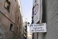 - Sardegna, Alghero, segnaletica stradale nella città vecchia<br /> <br /> - Sardinia, Alghero, road signs in the old town