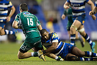 Aled Brew of Bath Rugby tackles James Marshall of London Irish. Aviva Premiership match, between London Irish and Bath Rugby on November 19, 2017 at the Madejski Stadium in Reading, England. Photo by: Patrick Khachfe / Onside Images