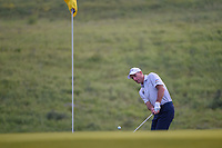 Jim Furyk (USA) chips on to 10 during day 1 of the Valero Texas Open, at the TPC San Antonio Oaks Course, San Antonio, Texas, USA. 4/4/2019.<br /> Picture: Golffile   Ken Murray<br /> <br /> <br /> All photo usage must carry mandatory copyright credit (&copy; Golffile   Ken Murray)