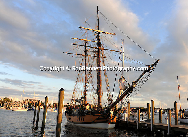 """Tall ship Annapolis Maryland United States, tall ship, Annapolis Maryland, Annapolis is the capital of Maryland, United States Naval Academy USNA, The Boat School, Canoe U, United States, Maryland, Mid Atlantic region, Seventh state to ratify the United States Constitution, Old Line State, Free State, Johns Hopkins University, Little America, State of Maryland United States of America, Baltimore, Oak forest, Piedmont Region, Pine groves in the mountains to the west, Chesapeake Bay, Severn River, temporary capital of the United States in 1783-1784, Annapolis Peace Conference, Province of Maryland, """"Town at Proctor's,"""""""