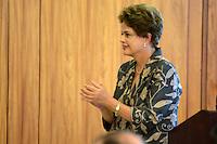 BRASÍLIA, DF, 24.04.2015 – VISITA PRESIDENTE DA CORÉIA DO SUL PARK GEUN-HYE – A presidente Dilma Rousseff durante cerimônia de assinatura de Atos de Cooperação entre Brasil e Coréia do Sul na manhã desta sexta-feira, 24, no Palácio do Planalto em Brasília. (Foto: Ricardo Botelho / Brazil Photo Press)