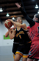 Taranaki's Maia Watling in action during the 2018 Women's Basketball League match between Canterbury Wildcats and Taranaki Thunder at Cowles Stadium in Christchurch, New Zealand on Sunday, 24 June 2018. Photo: Dave Lintott / lintottphoto.co.nz