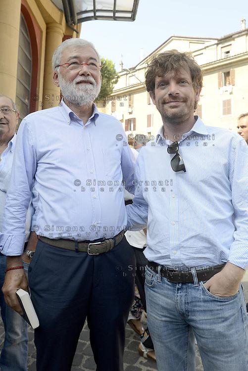 Scuola, lavoro, democrazia.<br /> Assemblea al Teatro Palladium di Garbatella promossa da Sergio Cofferati e Pippo Civati.