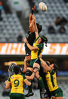 Lineout action during the International Women's Rugby match between the New Zealand All Blacks and Australia Wallabies at Eden Park in Auckland, New Zealand on Saturday, 17 August 2019. Photo: Simon Watts / lintottphoto.co.nz