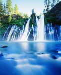 USA, California, McArthur-Burney Falls State Park, Burney Falls.