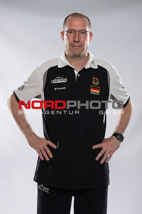 24.05.2015, Sportzentrum Westenfeld, Bochum<br /> Volleyball, Fotoshooting Nationalmannschaft MŠnner / Maenner<br /> <br /> Roberto Piazza (Co-Trainer GER)<br /> <br />   Foto &copy; nordphoto / Kurth