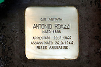 Rome January 16th 2019. Placing of a stumbling block in memory of Antonio Roazzi, victim of the nazifascism during the occupation of Rome. Roazzi was captured and killed during the 'Fosse Ardeatine' slaughter in 1944.  Since 1992, more than 56000 stumbling blocks (Stolpersteine in german language) were placed alla over Europe by the German artist Gunter Demnig to remember the victims of nazifascism.<br /> Foto Samantha Zucchi Insidefoto