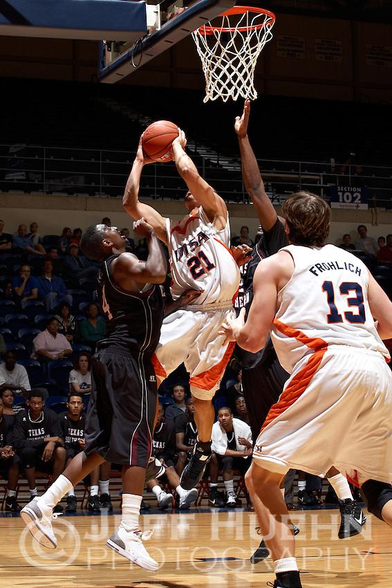 SAN ANTONIO , TX - NOVEMBER 28, 2009: The Texas Southern University Tigers vs. The University of Texas At San Antonio Roadrunners Men's Basketball at the UTSA Convocation Center. (Photo by Jeff Huehn)