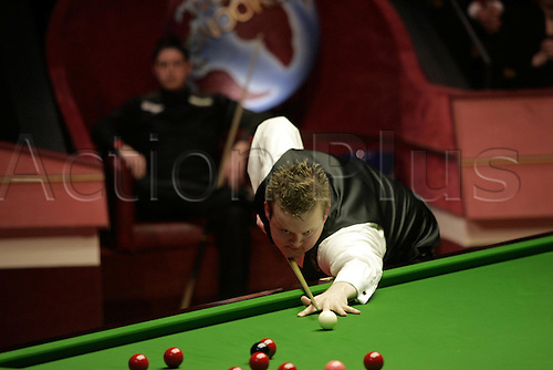 2 May 2005: Young English player Shaun Murphy during the Final of the Embassy World Snooker Championships at the Crucible Theater, Sheffield. Murphy, who was a 150-1 outsider at the start of the tournament, became the first qualifier to win the world title since 1979 by beating Stevens 18-16 in the final. Photo: Neil Tingle/Action Plus..050502