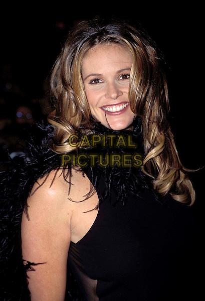ELLE MACPHERSON.Ref:6707/2110g.australian supermodel, ,  feather boa,  smiling, headhot, portrait.www.capitalpictures.com.sales@capitalpictures.com.© Capital Pictures.
