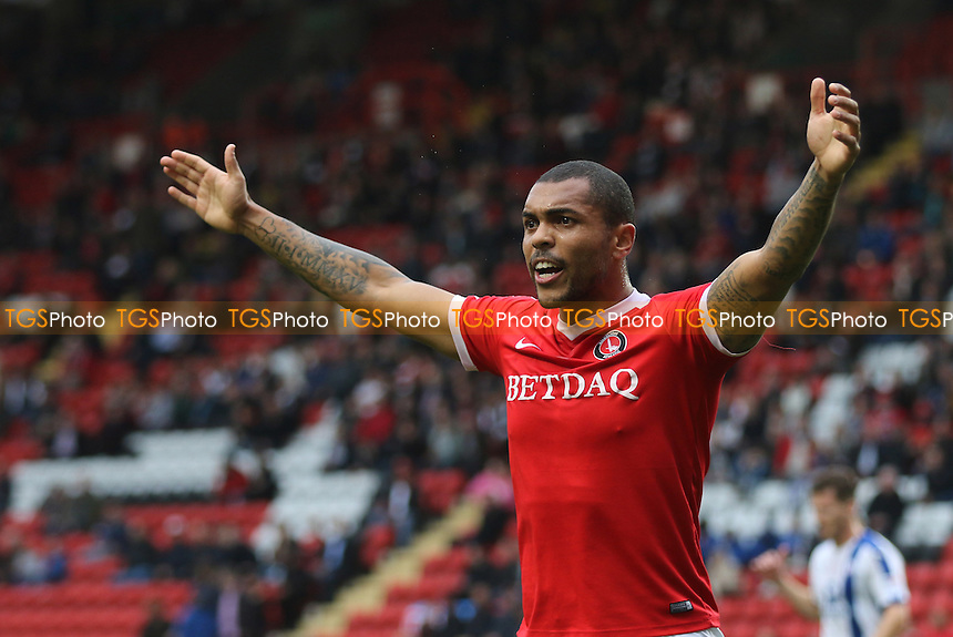 Charlton's Josh MaGennis appeals for a corner during Charlton Athletic vs Chesterfield, Sky Bet EFL League 1 Football at The Valley on 29th October 2016