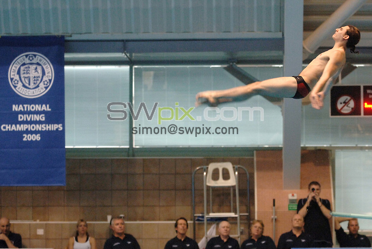 Picture by Chris Whiteoak/SWPIX.COM, Diving......ASA National Senior Diving Championships, 26/05/06..Copyright>>Simon Wilkinson>>07811267706..Michael Barnes of Leeds compeats in the mens 1m springboard preliminary