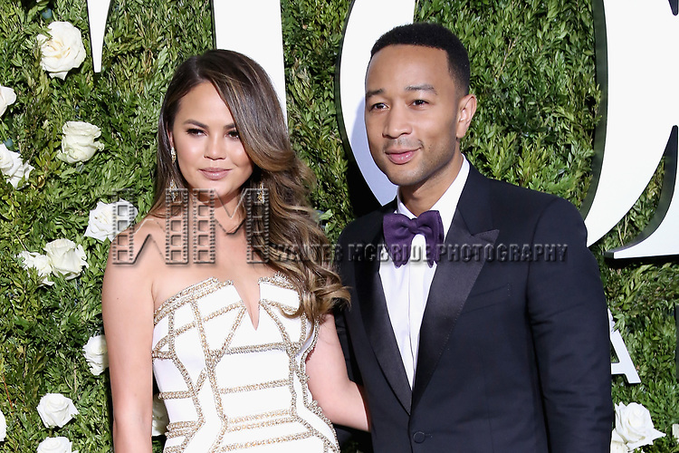 NEW YORK, NY - JUNE 11:  Chrissy Teigen and John Legend attend the 71st Annual Tony Awards at Radio City Music Hall on June 11, 2017 in New York City.  (Photo by Walter McBride/WireImage)