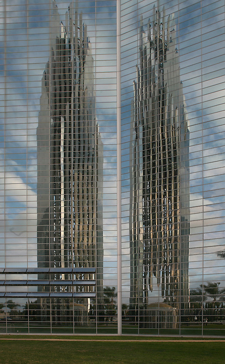 Crystal Cathedral Orange County California, Architect Philip Johnson