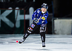Uppsala 2013-11-13 Bandy Elitserien IK Sirius - IFK Kung&auml;lv :  <br /> Sirius Pierre Roos i aktion <br /> (Foto: Kenta J&ouml;nsson) Nyckelord:  portr&auml;tt portrait