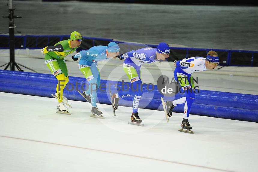 SCHAATSEN: HEERENVEEN: 25-10-2014, IJsstadion Thialf, Marathonschaatsen, KPN Marathon Cup 2, Crispijn Ariens (#88), Bob de Vries (#1), Erik Jan Kooiman (#37), Timo Verkaaik (#57), ©foto Martin de Jong