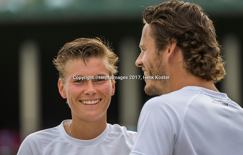 London, England, 7 th July, 2017, Tennis,  Wimbledon,  Mixed doubles: Demi Schuurs / Wesley Koolhof (NED)<br /> Photo: Henk Koster/tennisimages.com