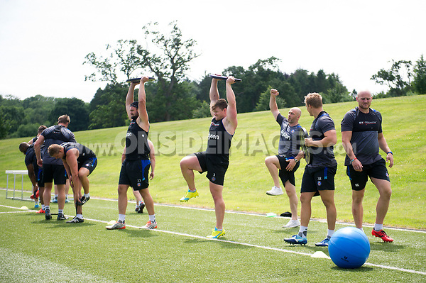 Bath Rugby forwards in action. Bath Rugby pre-season skills training on June 22, 2017 at Farleigh House in Bath, England. Photo by: Patrick Khachfe / Onside Images
