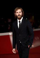 L'attore italiano Alessandro Borghi posa sul red carpet per la presentazione del film &quot;The Place &quot; durante la Festa del Cinema di Roma, 2 novembre 2017.<br /> Italian actor Alessandro Borghi poses on the red carpet to present the movie &quot;The place&quot; during the international Rome Film Festival at Rome's Auditorium, November 2, 2017.<br /> UPDATE IMAGES PRESS/Isabella Bonotto