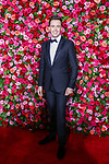 NEW YORK, NY - JUNE 10:  Erich Bergen attends the 72nd Annual Tony Awards at Radio City Music Hall on June 10, 2018 in New York City.  (Photo by Walter McBride/WireImage)