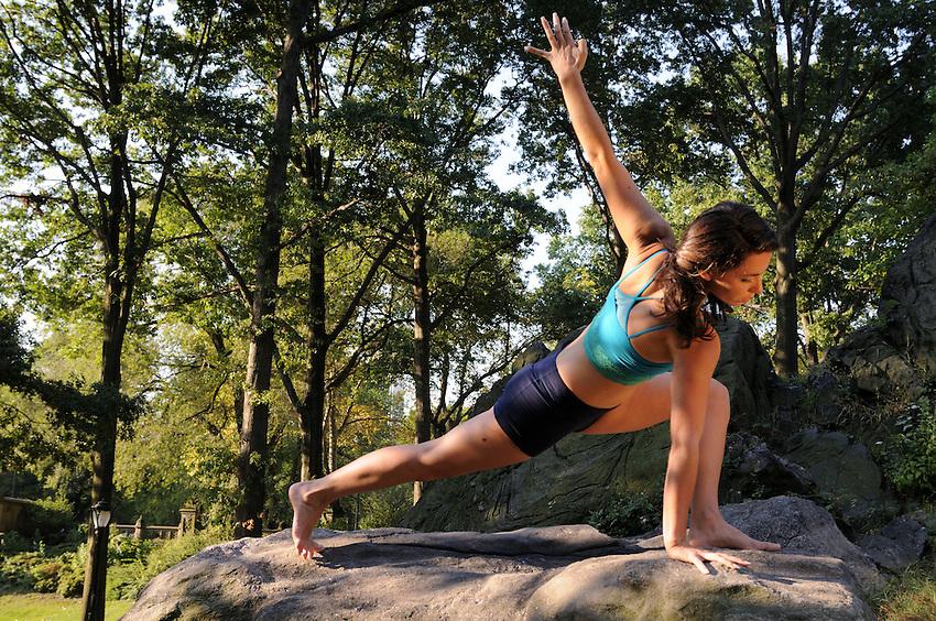 Gregory Holmgren, Dance, movement project, model, dancer, yoga instructor, Amy Merli at Bethesda Terrace, Central Park, New York, New York, September 14, 2012