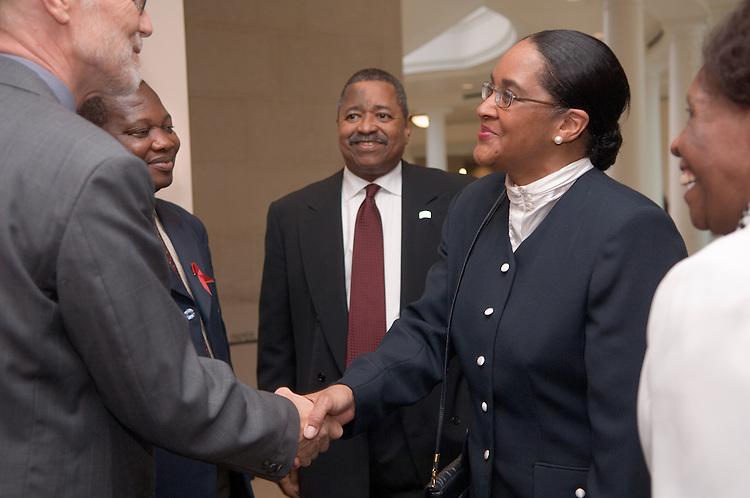 Bojosi Otlhogile, Vice Chancellor, University of Botswana &Frank Youngman, Deputy Vice Chancellor, University of Botswana greeted by Mrs. McDavis, President McDavis & Beatrice Selotlegeng(left)