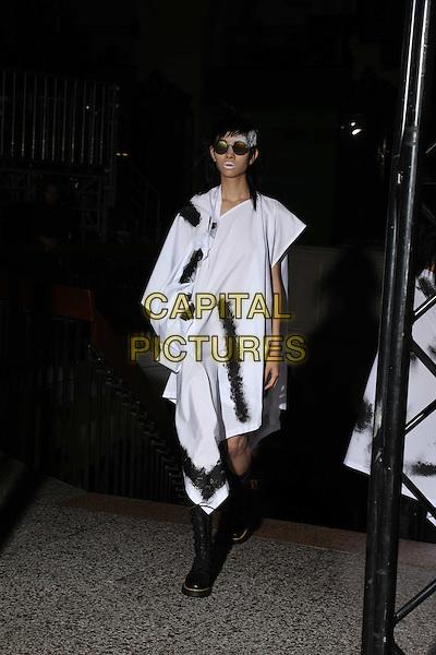 Yohji Yamamoto<br /> Paris Fashion Week Spring Summer 2017<br /> on September 29, 2016<br /> CAP/GOL<br /> &copy;GOL/Capital Pictures