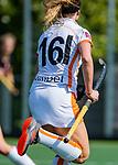 AMSTELVEEN -  Daphne Nikkels (OR)   tijdens de hoofdklasse competitiewedstrijd hockey dames,  Amsterdam-Oranje Rood (5-2). COPYRIGHT KOEN SUYK