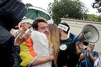 Roma, 1 Ottobe 2016<br /> Flash mob in Piazzale Flaminio per chiedere la riapertura dei lavori sulla Legge contro l'omofobia dopo gli ultimi due eclatanti atti omofobi .<br /> Nella foto Lerry con la bandiera rainbow, il ragazzo vittima di omofobia lo scorso 26 settembre al quartiere Flaminio.
