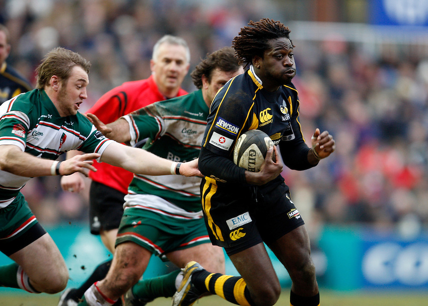 Photo: Richard Lane/Richard Lane Photography..Leicester Tigers v London Wasps. Guinness Premiership. 29/03/2008. Wasps' Paul Sackey attacks.