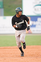 Greg Veloz (7) of the Savannah Sand Gnats takes off for third base at Fieldcrest Cannon Stadium in Kannapolis, NC, Sunday July 20, 2008. (Photo by Brian Westerholt / Four Seam Images)