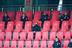 Auswechselbanlk Reservisten, #Niklas Moisander (Werder Bremen #18 Kapitaen), Kevin Möhwald / Moehwald (Werder Bremen #06), Ömer / Oemer Toprak (Werder Bremen #21), Johannes Eggestein (Werder Bremen #24)<br /> <br /> <br /> Sport: nphgm001: Fussball: 1. Bundesliga: Saison 19/20: Relegation 02; 1.FC Heidenheim vs SV Werder Bremen - 06.07.2020<br /> <br /> Foto: gumzmedia/nordphoto/POOL <br /> <br /> DFL regulations prohibit any use of photographs as image sequences and/or quasi-video.<br /> EDITORIAL USE ONLY<br /> National and international News-Agencies OUT.