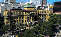 RIO DE JANEIRO, RJ, 31 JULHO 2012 - VISTA AEREA DO CENTRO DO RIO- Vista aerea da  Biblioteca Nacional,nesta terca-feira, dia 31, no centro do rio.(FOTO:MARCELO FONSECA / BRAZIL PHOTO PRESS).