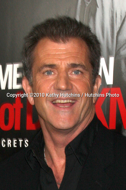 "Oksana Grigorieva; Mel Gibson .arriving at the premiere of the ""Edge of Darkness"".Grauman's Chinese Theater.Los Angeles, CA.January 26, 2010.©2010 Kathy Hutchins / Hutchins Photo...."