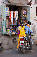 Young Indian couple out shopping in old town Udaipur, Rajasthan, Western India