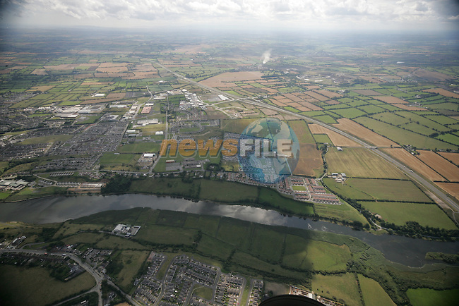 Aerial photograph of West Drogheda looking south over the Boyne with the M1 in view. 02/09/05...Photo NEWSFILE/Fran Caffrey.(Photo credit should read Fran Caffrey/NEWSFILE)....This Picture has been sent you under the condtions enclosed by:.Newsfile Ltd..The Studio,.Millmount Abbey,.Drogheda,.Co Meath..Ireland..Tel: +353(0)41-9871240.Fax: +353(0)41-9871260.GSM: +353(0)86-2500958.email: pictures@newsfile.ie.www.newsfile.ie.FTP: 193.120.102.198...This picture is from Fran Caffrey@newsfile.ie
